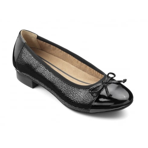Hotter Black pebble/patent leather low heeled court shoe