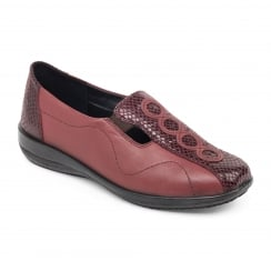 Red/bordeaux flat leather slip on shoe