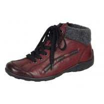 Red flat boot with laces and side zip